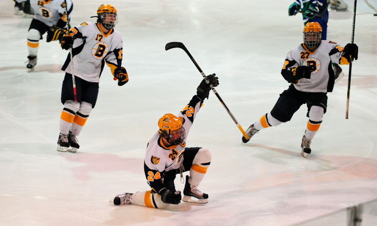 MN H.S.: Blake Bears Throttled By Breck Mustangs 5-1