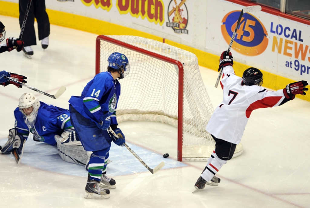 MN H.S.: Eden Prairie Soars Into AA Final, Rau Leads The Charge Into Title Game Tonight At 7:00
