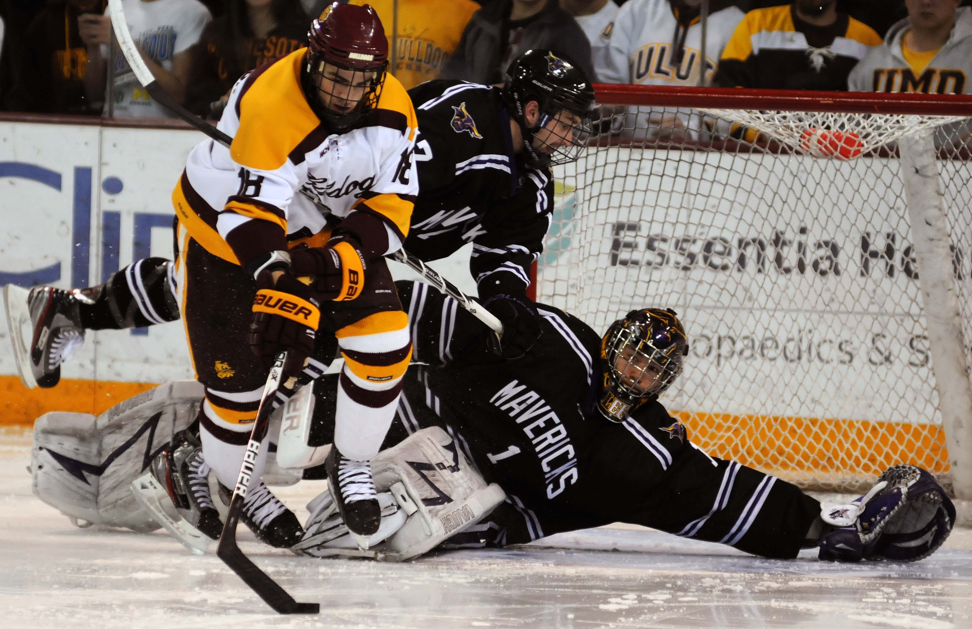 WCHA: Sophomore Joe Basaraba Is Proving To Be A Tall-order For UMD's Opponents